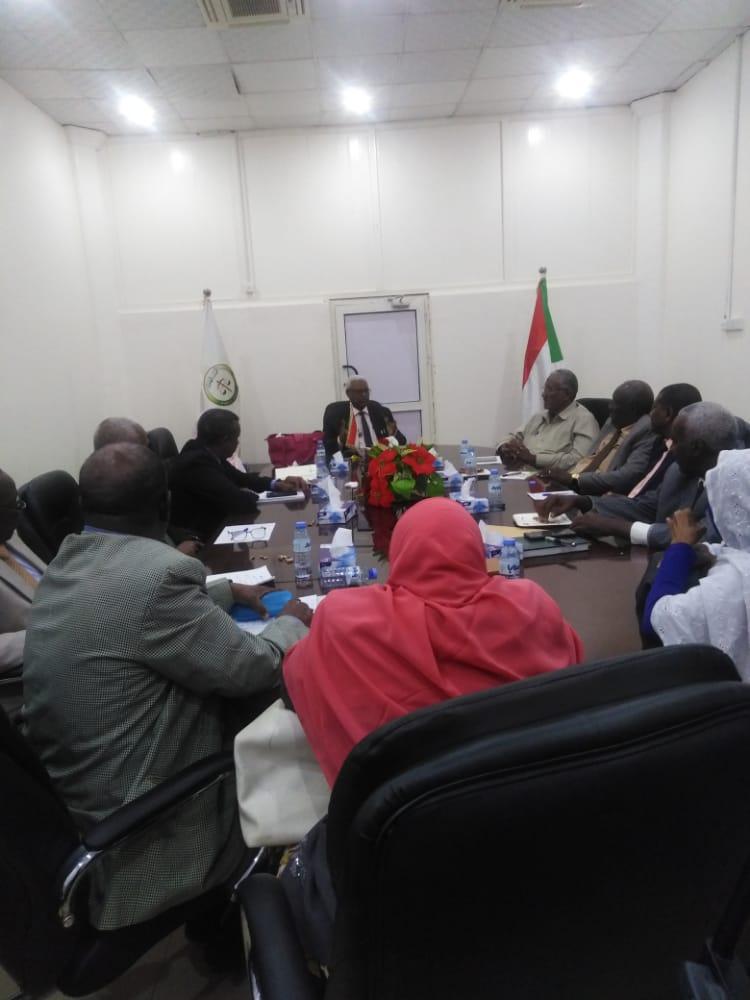 السودان:  النائب العام  يقر بعدم طرح شئون النيابة العامة للإعلام