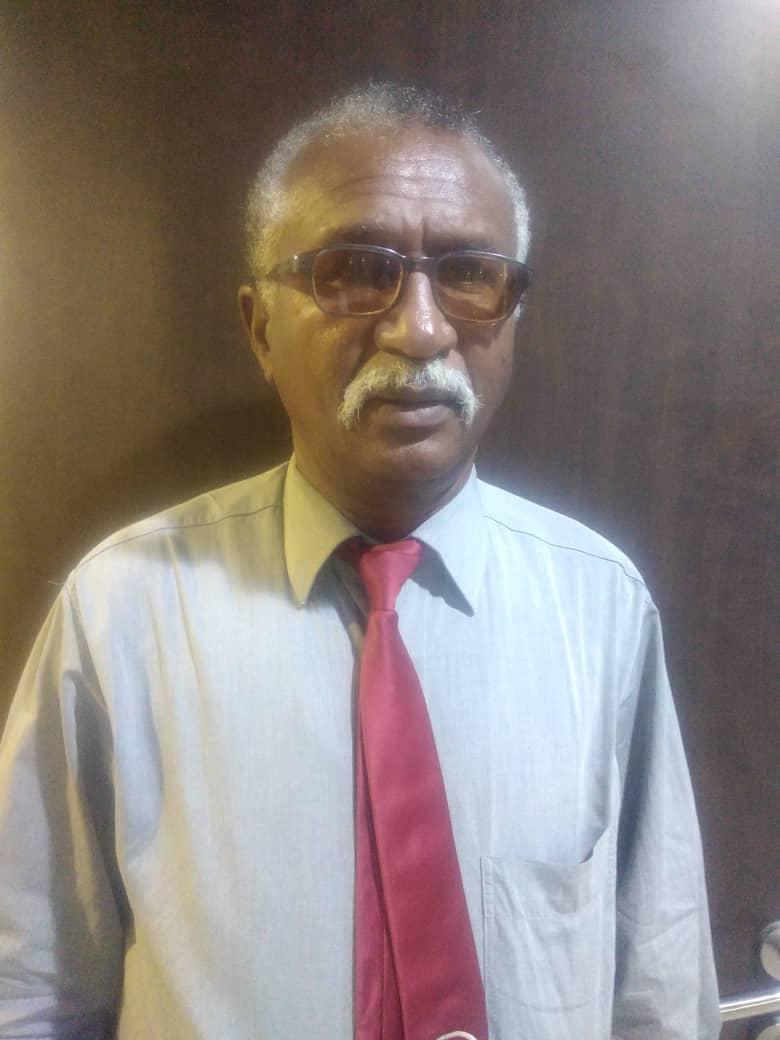 السودان : إضراب العاملين  بمصرف الادخار