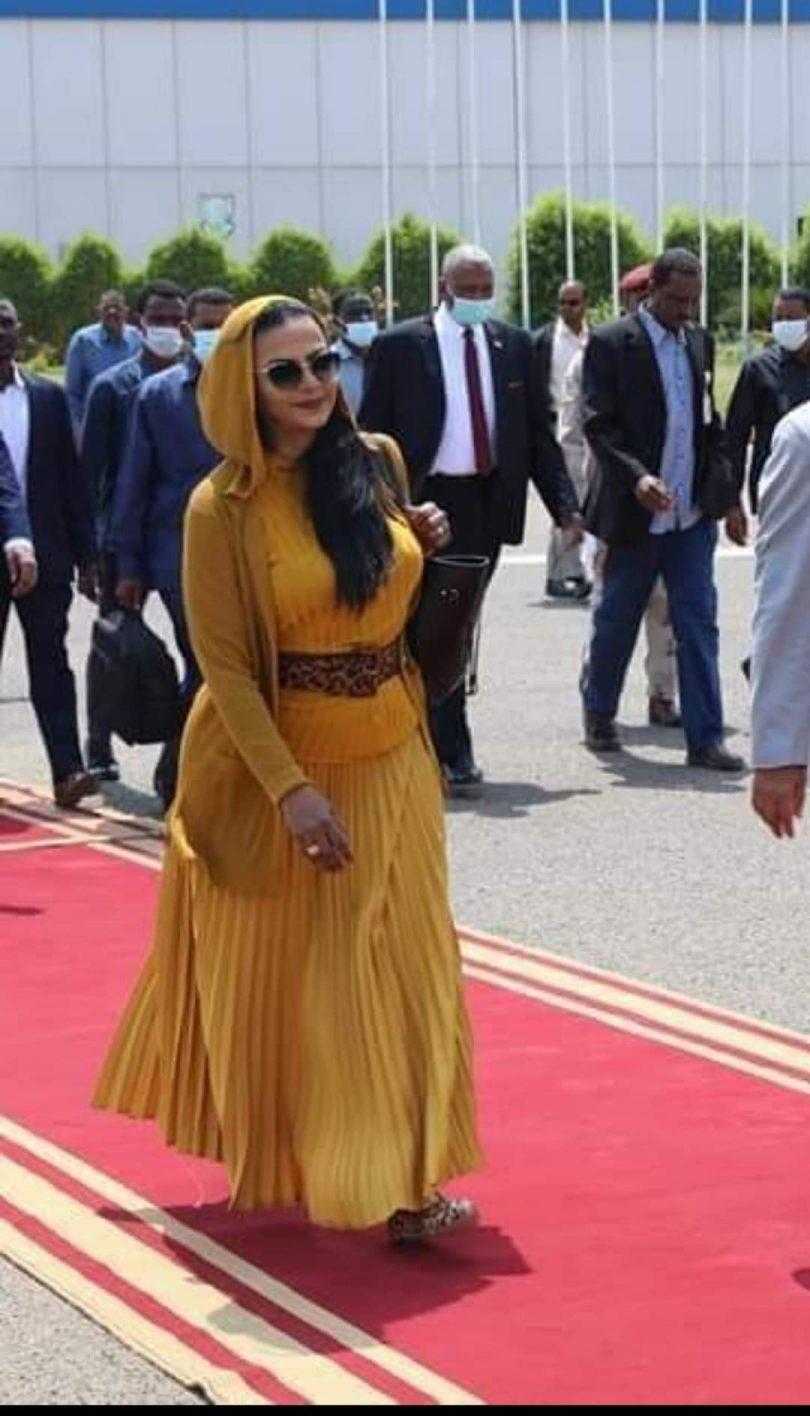 وزيرة المالية السودانية تخطف اجواء السلام