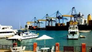 الموانئ تستجلب 3 آليات جديدة للميناء الجنوبي