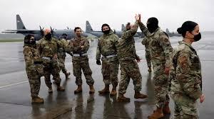"""الجيش الأمريكي يهدي """"البحرية السودانية """" ميدالية """"خارطة السودان"""" متضمنة حلايب"""