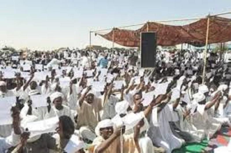 رابطة صحفيي دارفور تحيي إعتصام الجنينة السلمي وتطالب بنزع السلاح