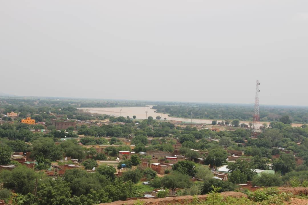 أطباء غرب دارفور: (١٢٩) قتيلاً و(١٩٨) جريحاً في أحداث الجنينة
