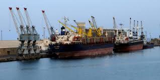 ميناء الخير يستقبل (35) ألف طن من الجازولين