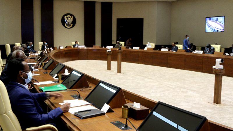 السودان: إحالة مسئولين للتحقيق بسبب أزمة الوقود